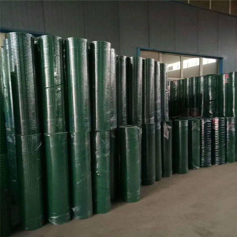 养殖防护铁丝网厂家--安平优盾围栏网