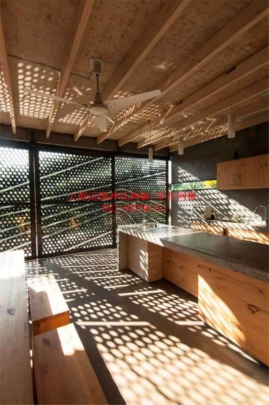 铝冲孔网板规格厂家定制
