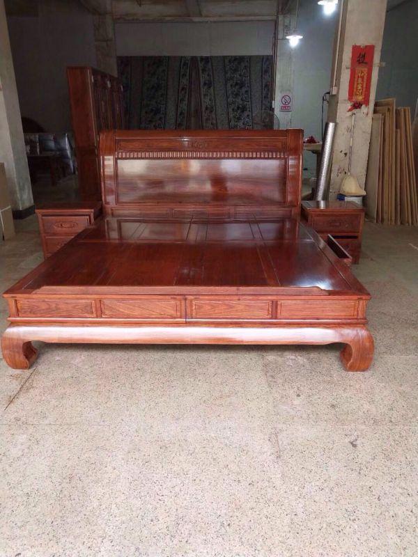 冈比亚红木刺猬紫檀祥云大脚大床价格图片大全