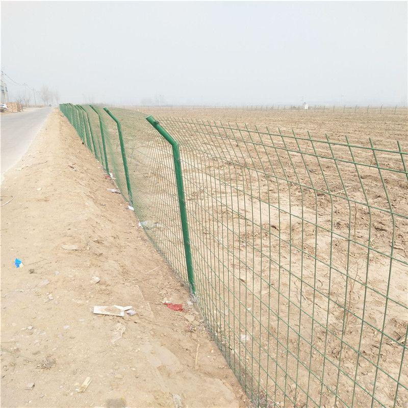 高速绿色护栏网 建筑施工隔离网 公路围栏网