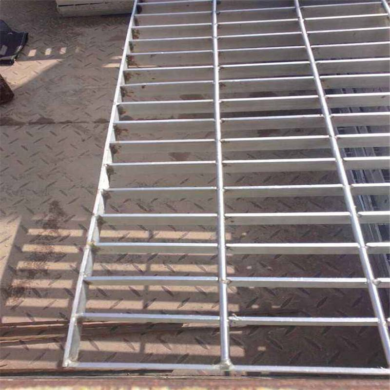 地下室水沟盖板 水沟盖板图片 钢制格栅板