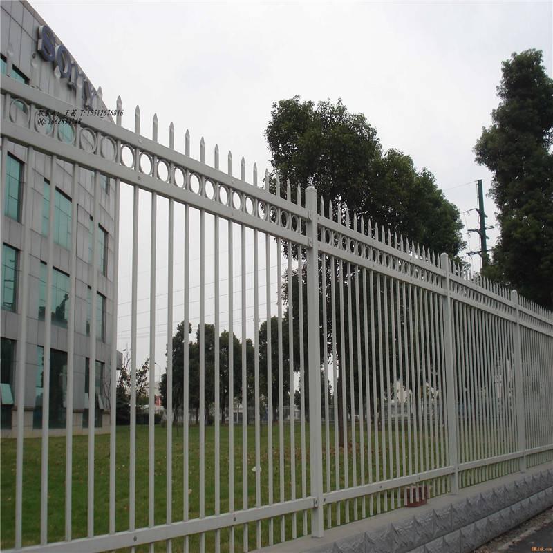 折弯护栏网 金属围网墙 铁丝网大量库存