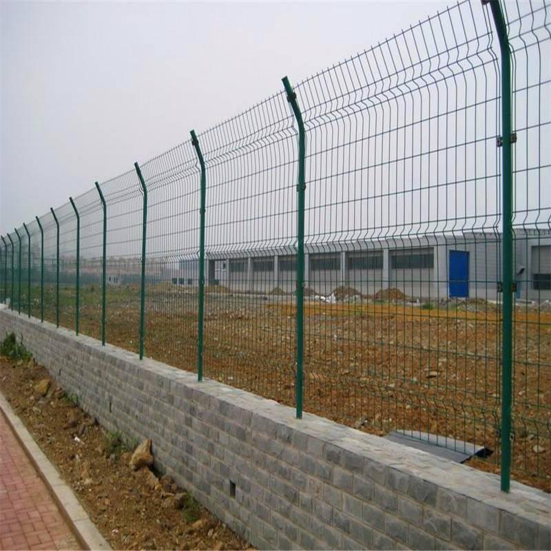 围墙护栏厂家 铁丝围网 pvc围墙栏杆