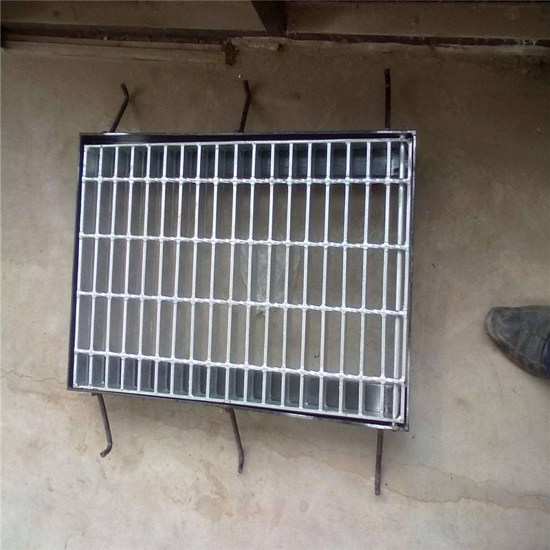 钢格板型号 钢格板安装 预制踏步板