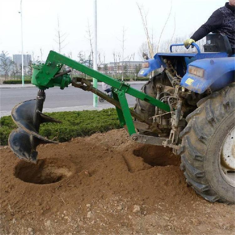 大型车载式挖坑机 圣鲁拖拉机打坑机 亳州植树挖坑机