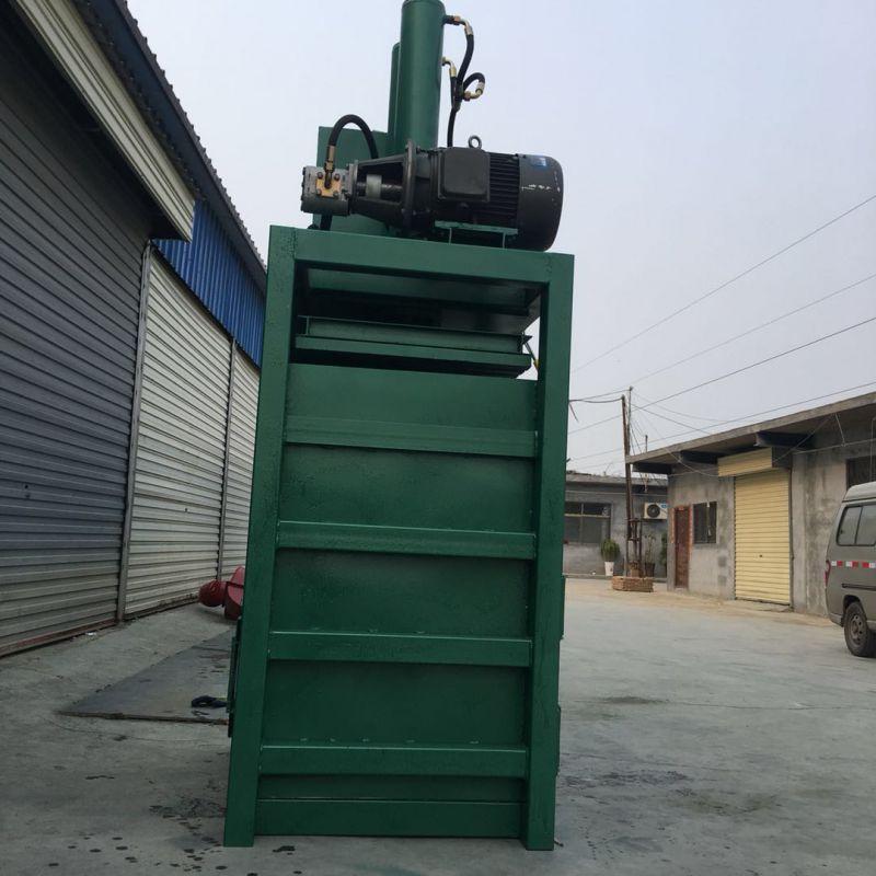 半自动液压打包机价格 佳鑫机械专做打扁打块机 欢迎来厂订购
