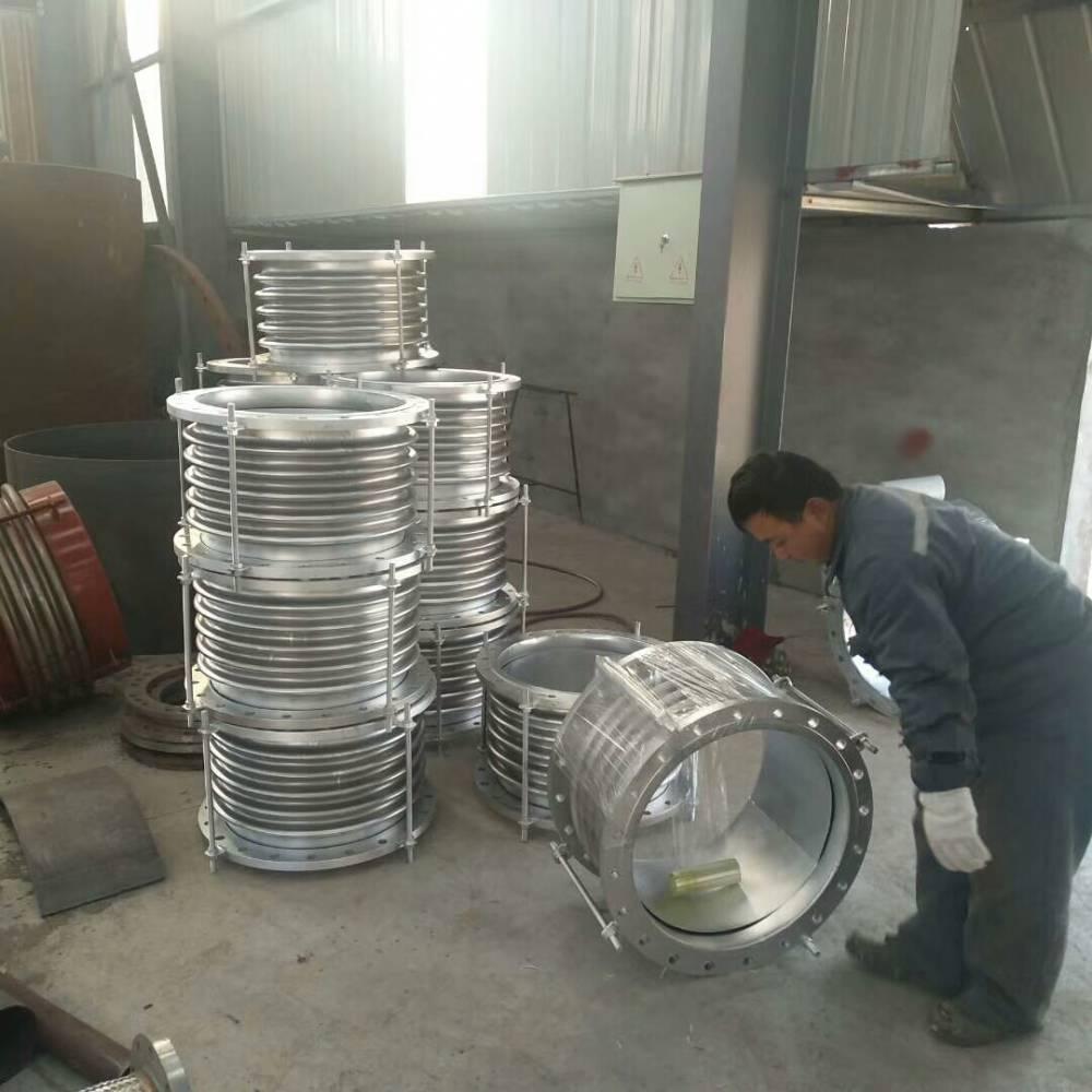 304不锈钢波纹补偿器不锈钢膨胀节沧州恩钢管道现货
