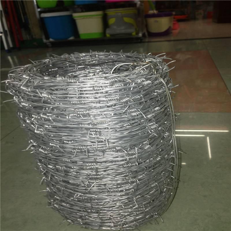 刺绳围栏网 正反拧刺绳 刺丝滚笼价格