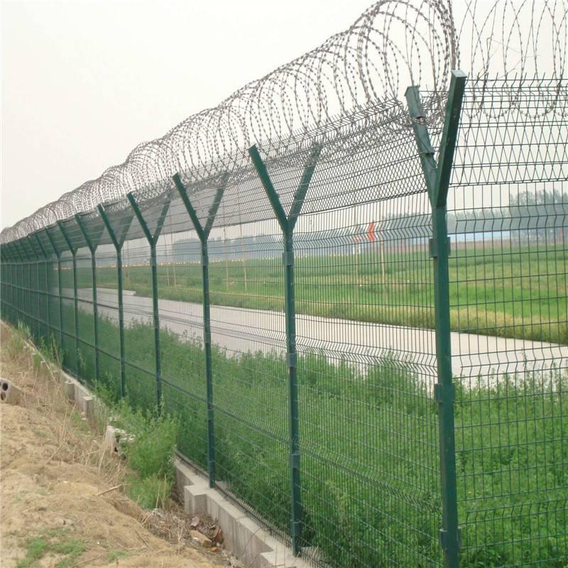 防攀爬铁丝网 市政护栏网 金属网墙