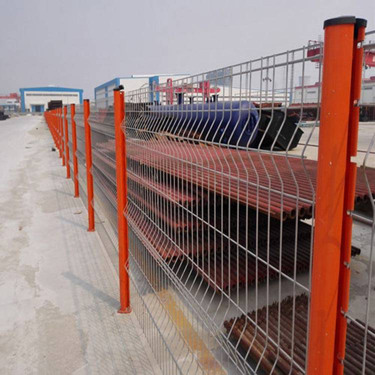 市政烤漆防护 广州三角折弯市政防爬网 江门厂区围栏