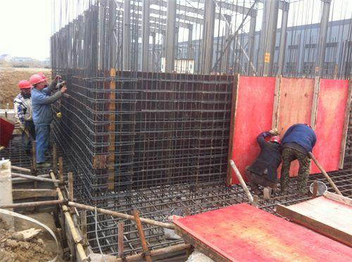 专业刷钻平�_江苏三里港高空建筑防腐有限公司是专业从事【高空,除锈,喷漆,刷