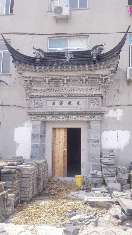 供应室外别墅砖雕别墅大型柱子砖雕多大泥塑用门楼图片