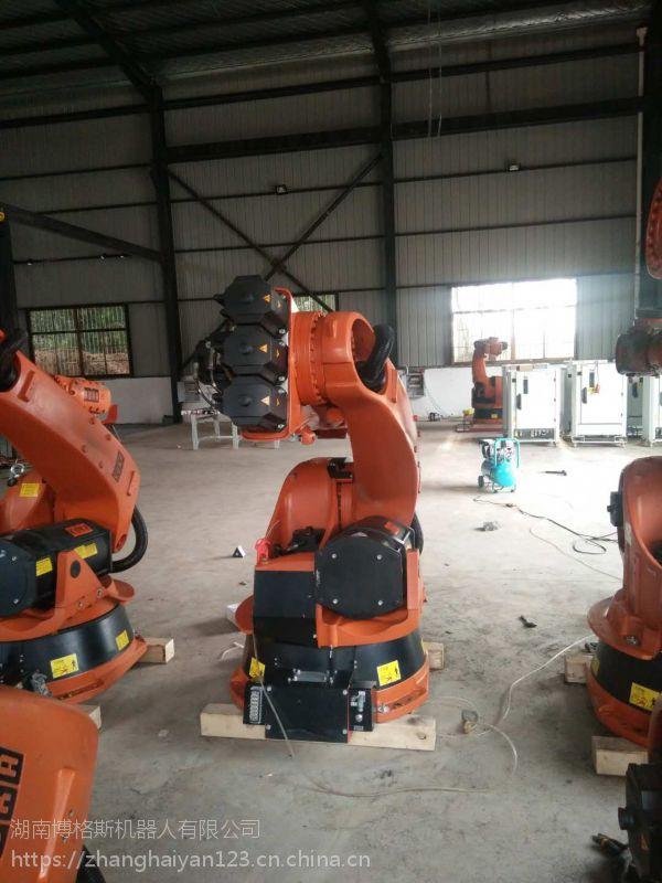 信阳市二手库卡喷涂机器人