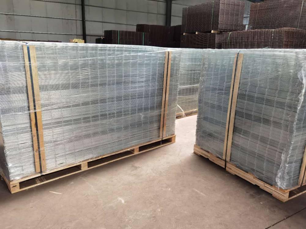 让利销售:宿迁4毫米建筑钢丝网片100%超值底价——防裂钢丝网促销价