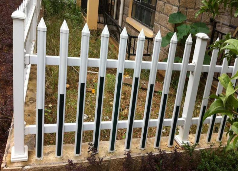 塑钢围墙护栏网,白色pvc花园围栏 美观大方