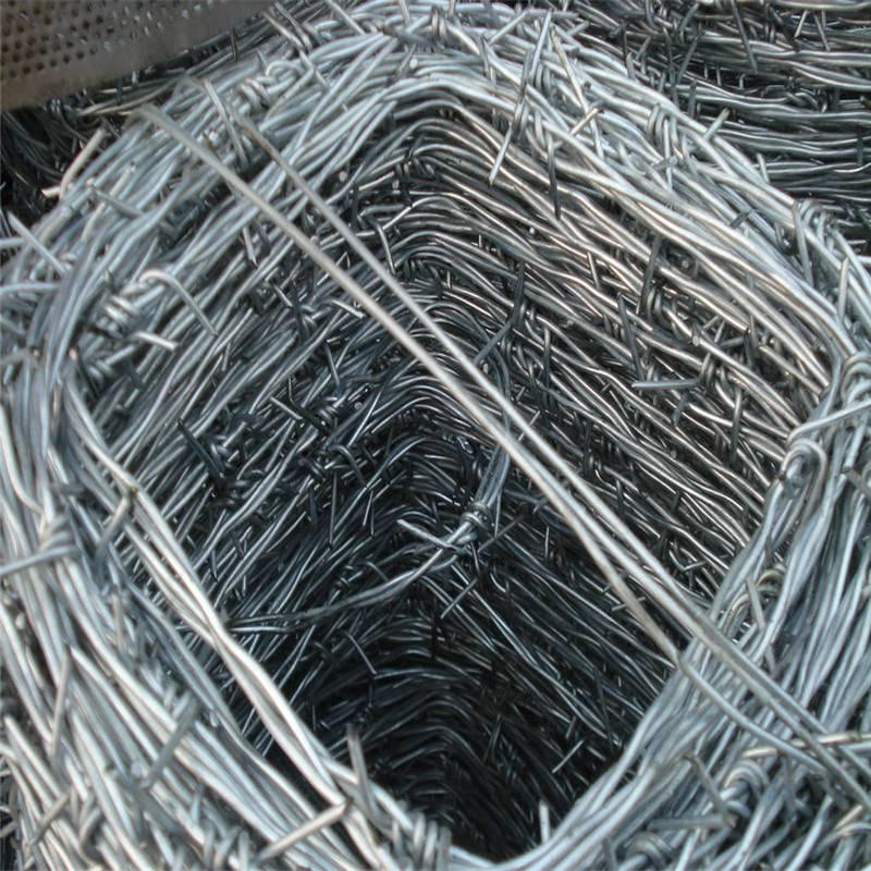 镀锌刺绳哪家好 刺绳每吨出多少米 监狱刀片刺网