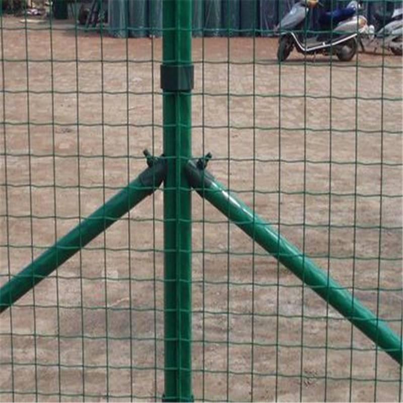 防护围墙网 圈菜园铁丝网 农业铁丝围网