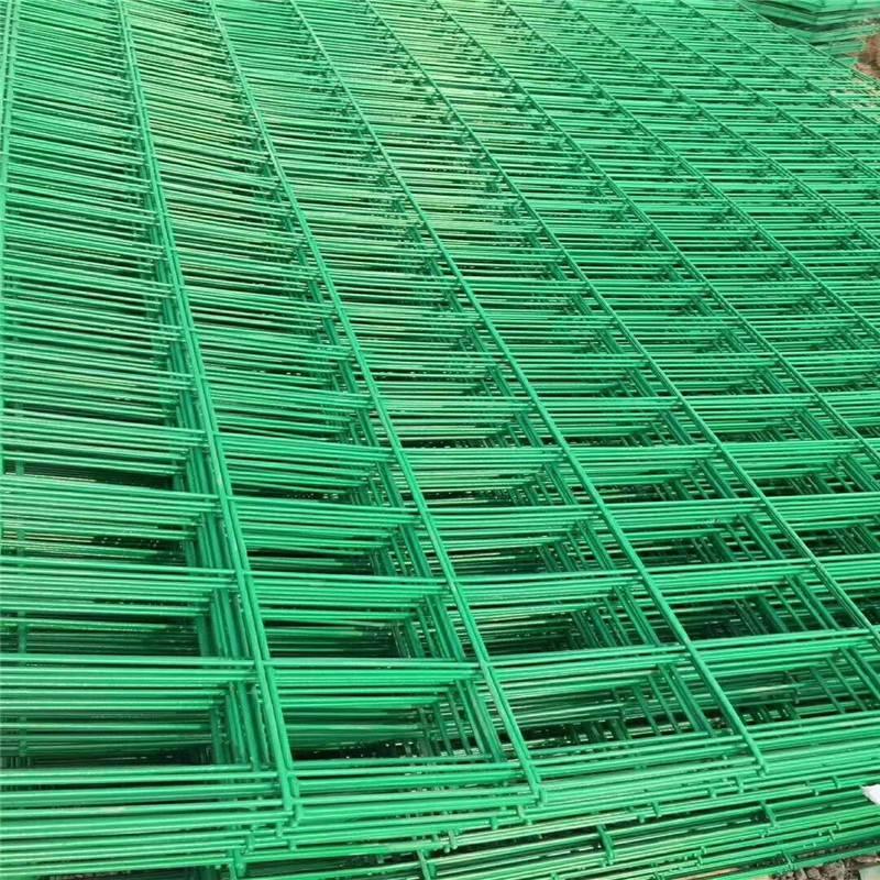 操场围栏 圈地围网 铁丝护栏网加工定做