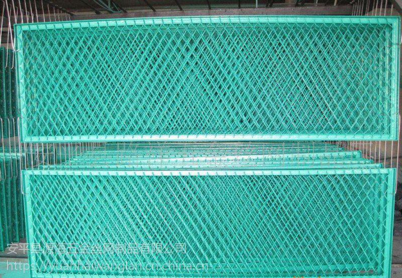 高速公路防眩网 钢板网护栏网 安平源海高速分离带围栏网 隔离栏