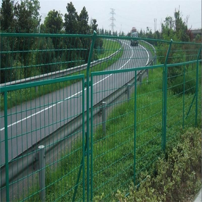 院墙防护网 双边丝护栏网 护栏网多少钱