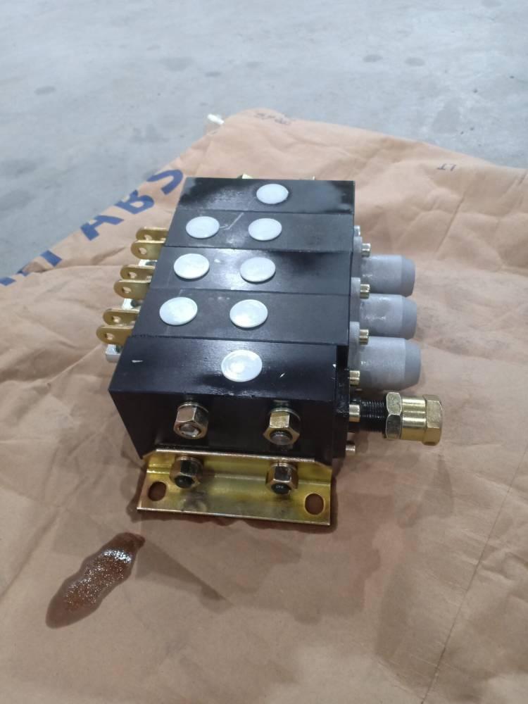ZS-L10E-YT-00液压多路阀zs-l10f-yt-oo液压分配器吊车铲车阀2联