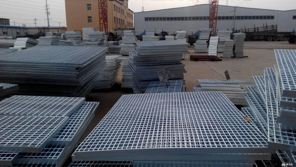 东莞热镀锌钢格栅踏步板定做 化工厂钢格栅板安装 专业出口