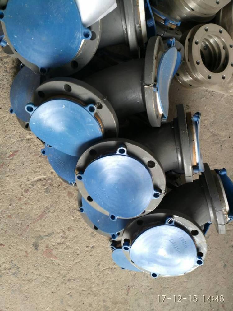 冲压化工厂用衬塑弯头优点主要表现耐腐蚀耐磨