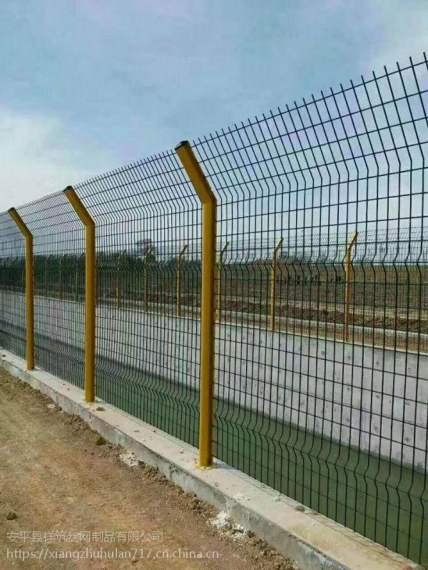 牡丹江铁网围栏厂家批发 绿色铁丝网围墙多钱一米祥筑丝网厂