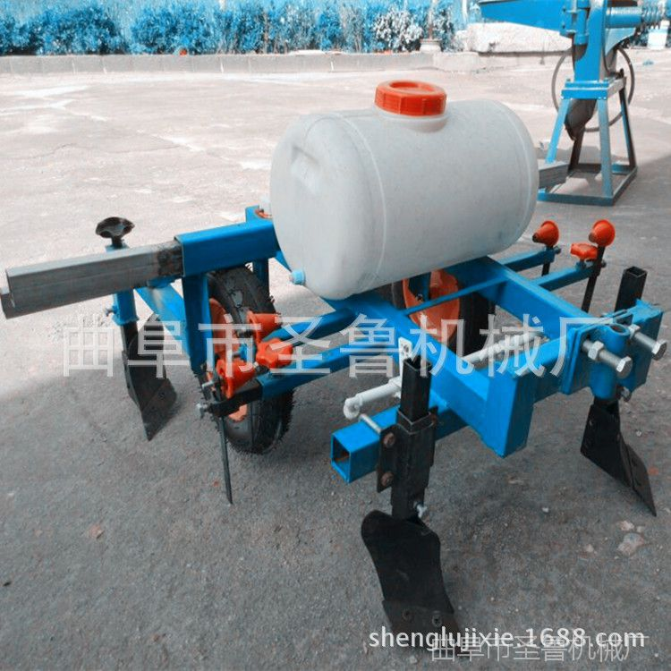 农用地膜覆盖机 牵引式喷药覆膜机 云南烟叶扣膜机