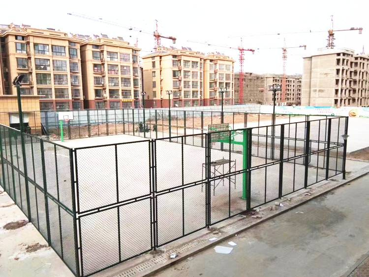 张家港球场围栏网厂价直销 [国帆丝网]足球场围栏网