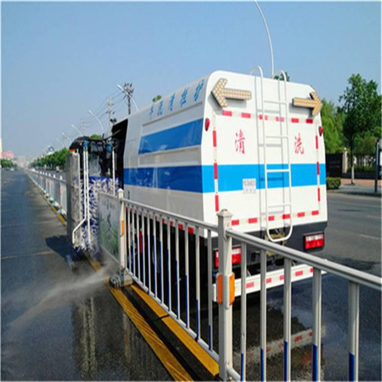 鹰潭市路面清洗车,护栏清洗车蓝牌