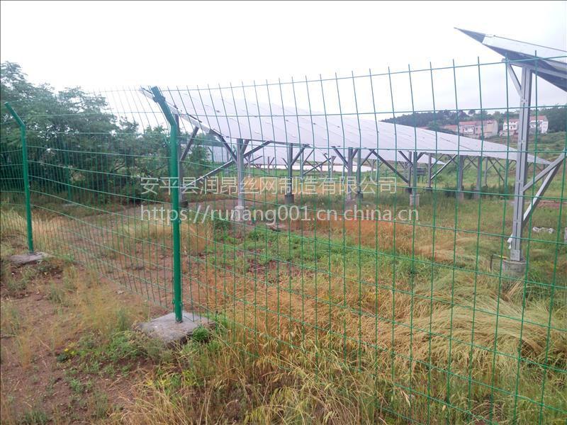 圈地围栏网、光伏发电厂护栏网、果园圈地隔离网、双边丝护栏、润昂现货直销、规格齐全