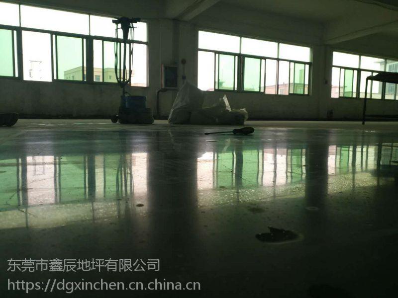 广州增城金刚砂起灰尘怎么办——金刚砂耐磨地面抛光——欢迎咨询