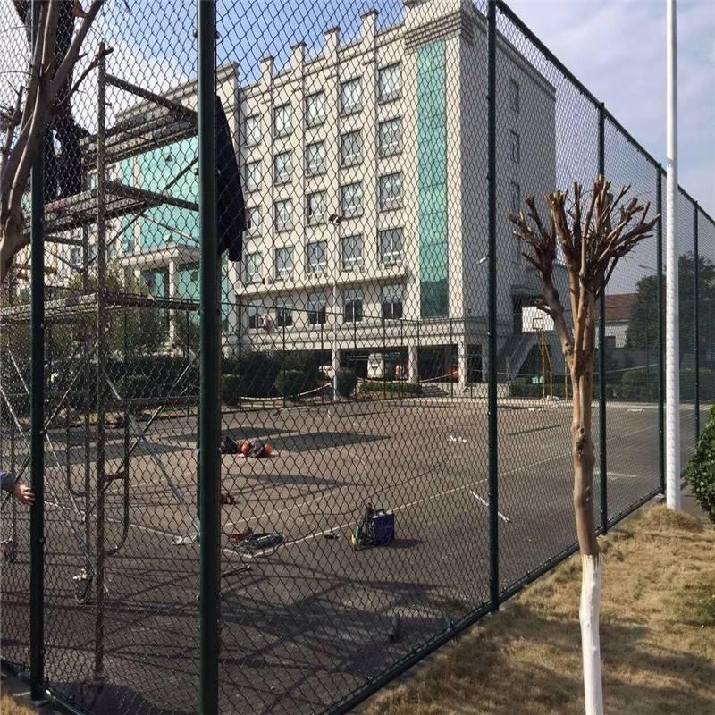 足球场防护网 操场防护网 篮球场围栏厂家