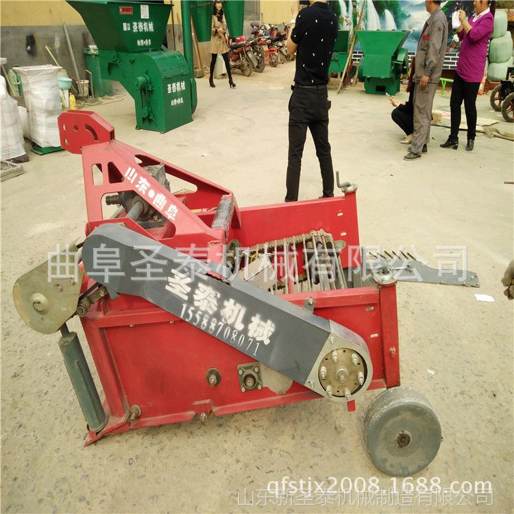 河南红薯挖掘机 土豆收获机 2013年挖掘机报价
