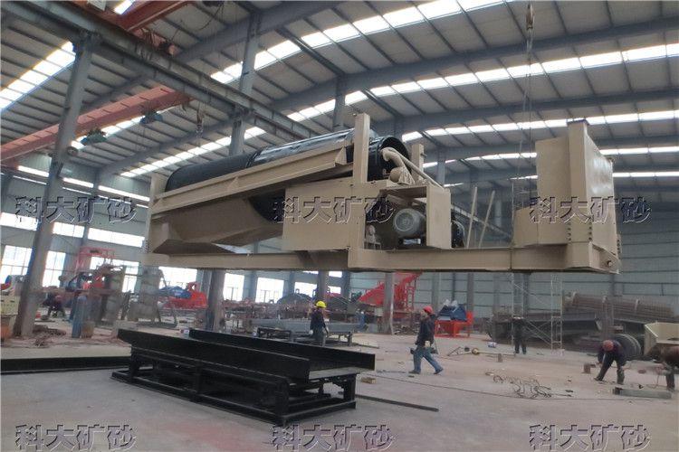 旱地采金设备 河沙淘金机械 出口移动式淘金车