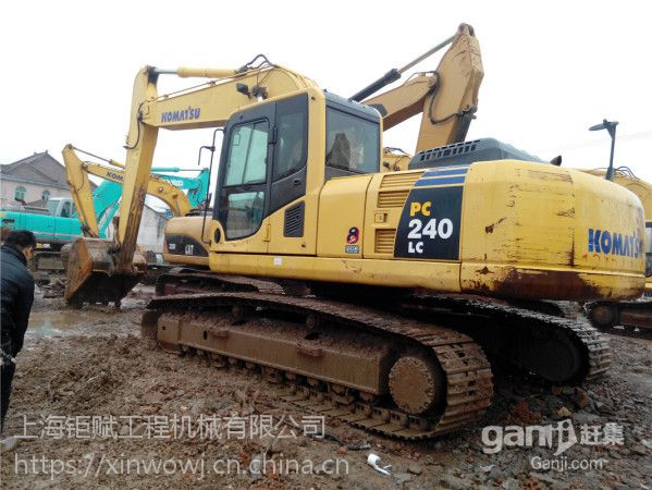 四川达州二手挖掘机小松240-8手续齐全,原版机