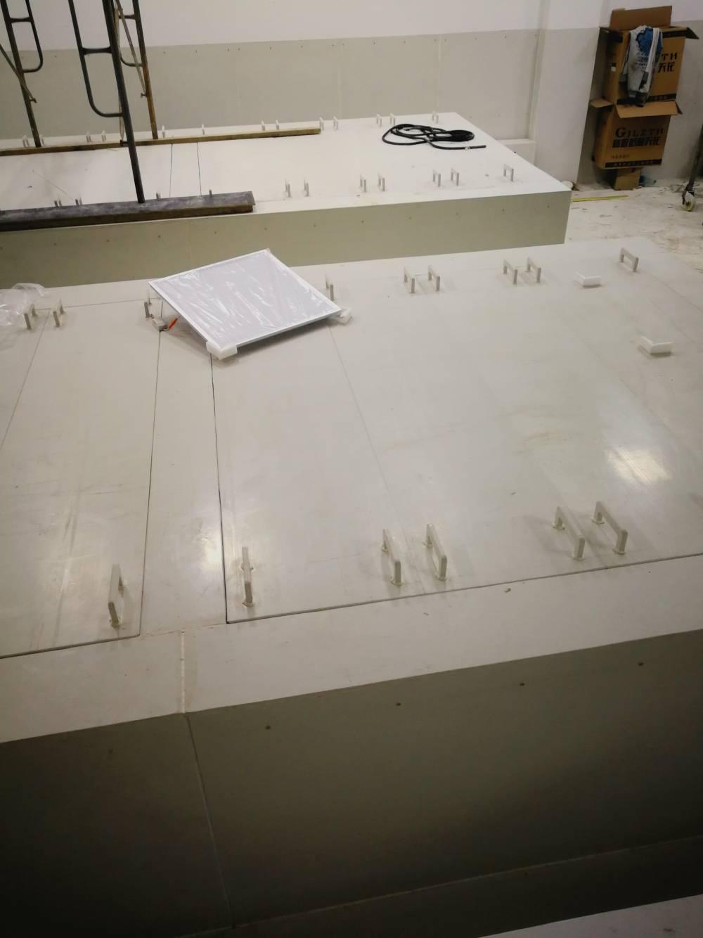 专业生产环纳复合耐磨衬板 PVF尸体存放池焊接工程