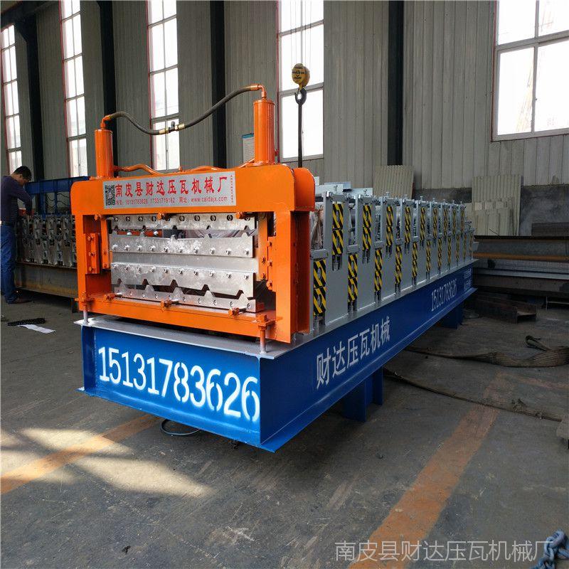 数控新型压瓦机彩钢瓦压瓦机840 900双层压瓦机彩钢瓦设备热销中