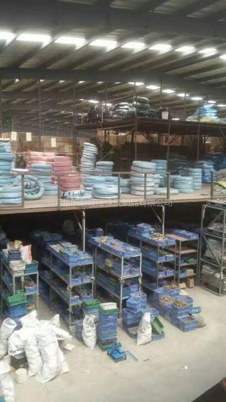 东劲公司专为酒厂饮料厂设计食品胶管 不含塑化剂软管 白色的