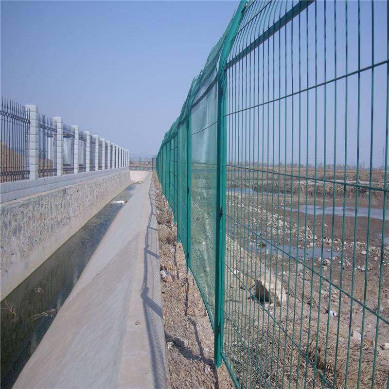 厂区围墙网 小区护栏网 学校围墙网