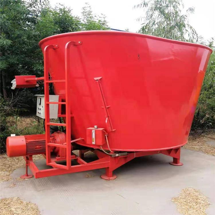 鸡鸭鱼饲料搅拌机 润众 养殖设备粉碎搅拌机