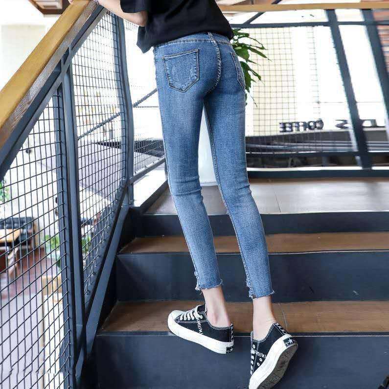 2018哪里的牛仔裤货源批发呢全棉时尚女装小脚牛仔裤批发库存外贸牛仔裤批发