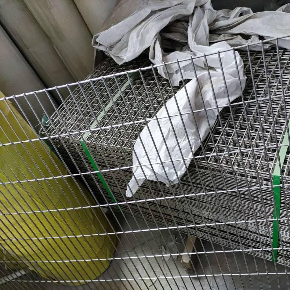 厂家直销用于鱼苗养殖的304材质不锈钢电焊网