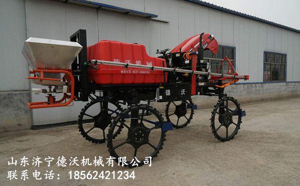自走式自动打药机 四轮拖拉机打药撒肥机厂家直销