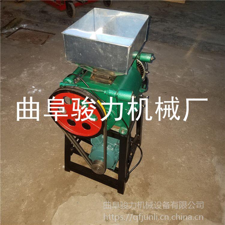 低价销售 对辊型花生米破碎机 粮食加工碎粒机 粗粮挤扁机 骏力