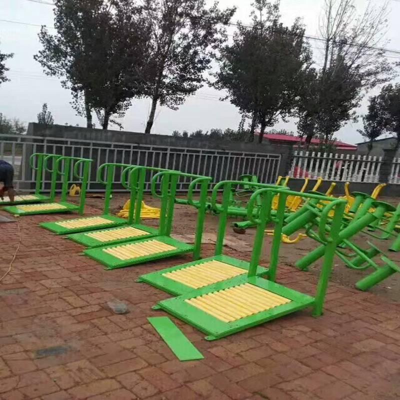 厂家直销体育器材单人坐拉器批发,四人坐蹬训练器2017年价格,大量现货