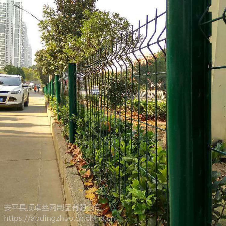 山区养殖场围栏网 山体园林防护网 绿色河岸铁丝网围栏 耐腐蚀抗老化厂家直销