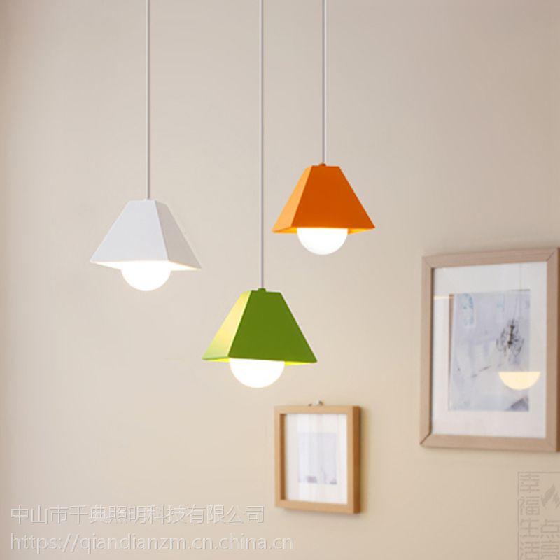 灯饰店投资多少钱?千典照明灯饰您的照明专家