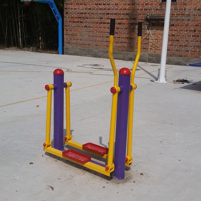 花都区体育公园锻炼设备 114管健身器材重量 摇摇马锻炼方法